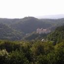 Po prohlídce města stoupáme do kopce vysoko nad Karlovy Vary