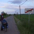 Opouštíme startovní ves na samém konci Slovenska