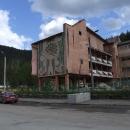 Zimní sporty pronikly v tomto lyžařském středisku i do architektury