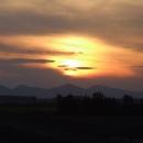 Západ slunce poblíž slovenských hranic