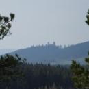 Z Obřího hradu je vidět až na nedaleký Kašperk