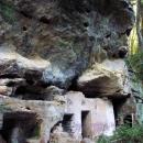 Soused předchozího skalního bytu (ten garáž neměl)