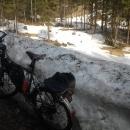 Hromady sněhu začaly v pouhých 700 m n. m.