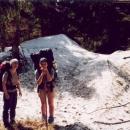 Markéta s Háňou obdivují mohutnou sněhovou vrstvu