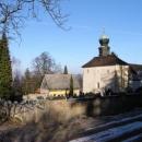 Kostel na Velízy u zříceniny probošství