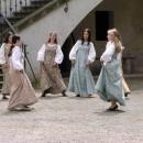 Na hradě je veselo - středověký tanec