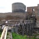 Žeby skřítkové po sto letech začali stavět most?