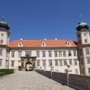 Nastal čas se konečně podívat i k zámku v Mníšku pod Brdy