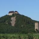 Známá hradní dvojka Točník-Žebrák