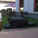 Stylový gril pro milovníky masa a železnic zároveň poblíž železničního muzea v Lužné