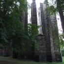 A jsem v jednom z cílů, u nedokončeného gotického kostela v Panenském Týnci