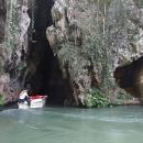 V jeskyni se vozí i na lodičkách