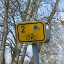 Naše známé modré éčko - symbol Elbe-Radweg neboli Labské stezky :-)
