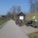 Hostinné - cyklostezka - vyhříváme se na sluníčku