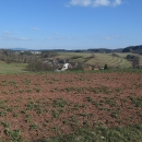 A nad Českou Rybnou výhled na Suchák a pruhované pole
