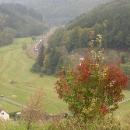 Dnes údolím vede zmodernizovaný železniční koridor
