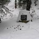 Pomníček vojáků, kteří zahynuli při zneškodňování válečné munice