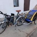 Luďkovo nové kolo a nový (o něco málo větší) vozík Burley