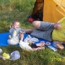 Ráno je pohoda a snídaně v trávě