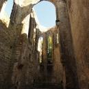 Při pohledu na klášterní kostel je jasné, že jej budoval český stavitel Petr Parléř