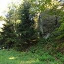 Na Loupežnickém vrchu stával kdysi hrad, ale do dnešního dne se nedochoval.