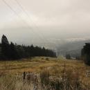 Výhledy sjezdovkou dolů na Liberec nejsou v dnešním zamračeném dni nic moc
