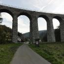Viadukt u vsi Novina