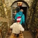 Vstup do jeskyní