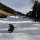 Cestou ještě nabíráme sníh - na ukázku domů :-)