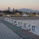 Venkovní bazén po sezóně a ostřihomská bazilika. Jednu dobu jsme do Štúrova jezdili často, tak už k ní nemusíme.