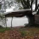Jen nás trošku rušily okoloplující lodě, ale ono i to řádění větru v korunách stromu bylo hodně hlasité.