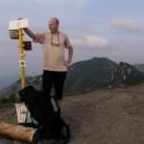 Libor u vrcholové cedule Suchého