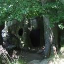 Tajemná hradní zákoutí v členitých skalách