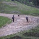 Cestičko do školy, po cestě po poli…(děti ráno musely do školy, pěšky)