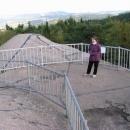 Na pevnosti (v pozadí hřeben Orlických hor)
