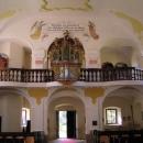 Znovuopravený vnitřek kostela