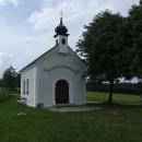 Tato kaple byla vysídlencům dlouhou dobu tím nejbližším k jejich bývalému domovu