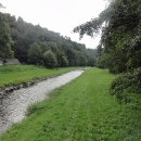 Těšíme se na cestu krásným údolím podél řeky.
