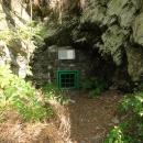 Další pozůstatky po těžbě břidlice nedaleko osady Zálužné.