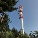 Na vrcholu Červené hory (749 metrů) je vysílač a meteorologická stanice.