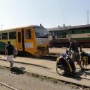 Přímý vlak Šternberk - Hanušovice je pro nakládku kol pohodlný.