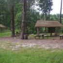 Super místo na nocleh u rybníčku v lesích, jenže máme málo najeto, tak musíme pokračovat