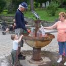 Svačina u výborné minerálky v lázeňském městečku Dlugopole Zdroj