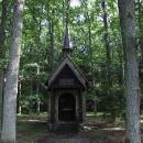Černínská kaple u rybníku Dolní Vydýmač v Evženově Údolí