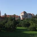 Krumlovský zámek v celé kráse i z druhé strany