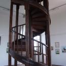 Krátké točité schodiště a jste nahoře