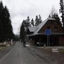 Kladské sedlo (polsky Przełęcz Płoszczyna) je druhé dnešní sedlo. Má nějakých 817 metrů.