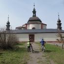 A nahoře stojí kaple sv. Jana Nepomuckého