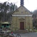 Horáková kaple. Nechal ji tu postavit obyvatel Dolní Dobrouče, poté co se pitím zdejší vody uzdravil z těžké nemoci