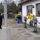 Na nádraží ve Vlkově jsme dostali povolení spustit závory.